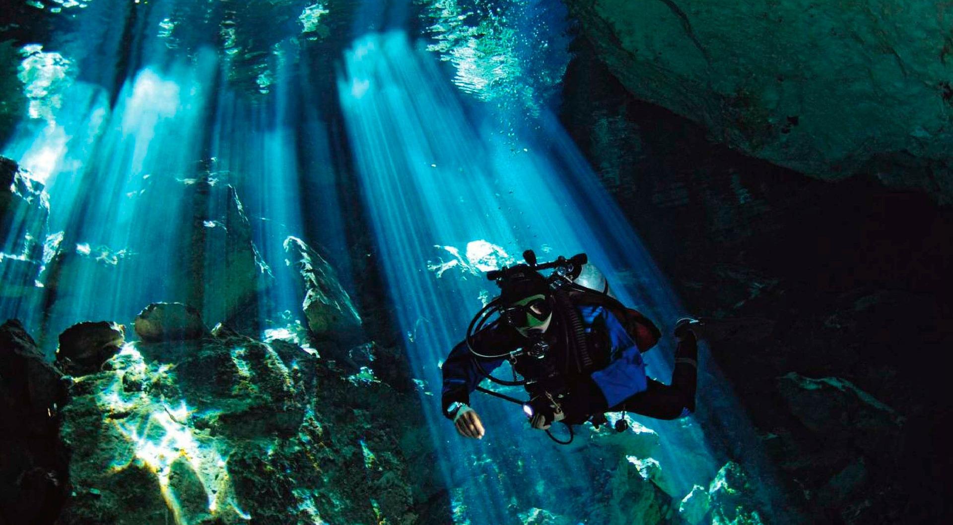 fiume sottomarino yucatan