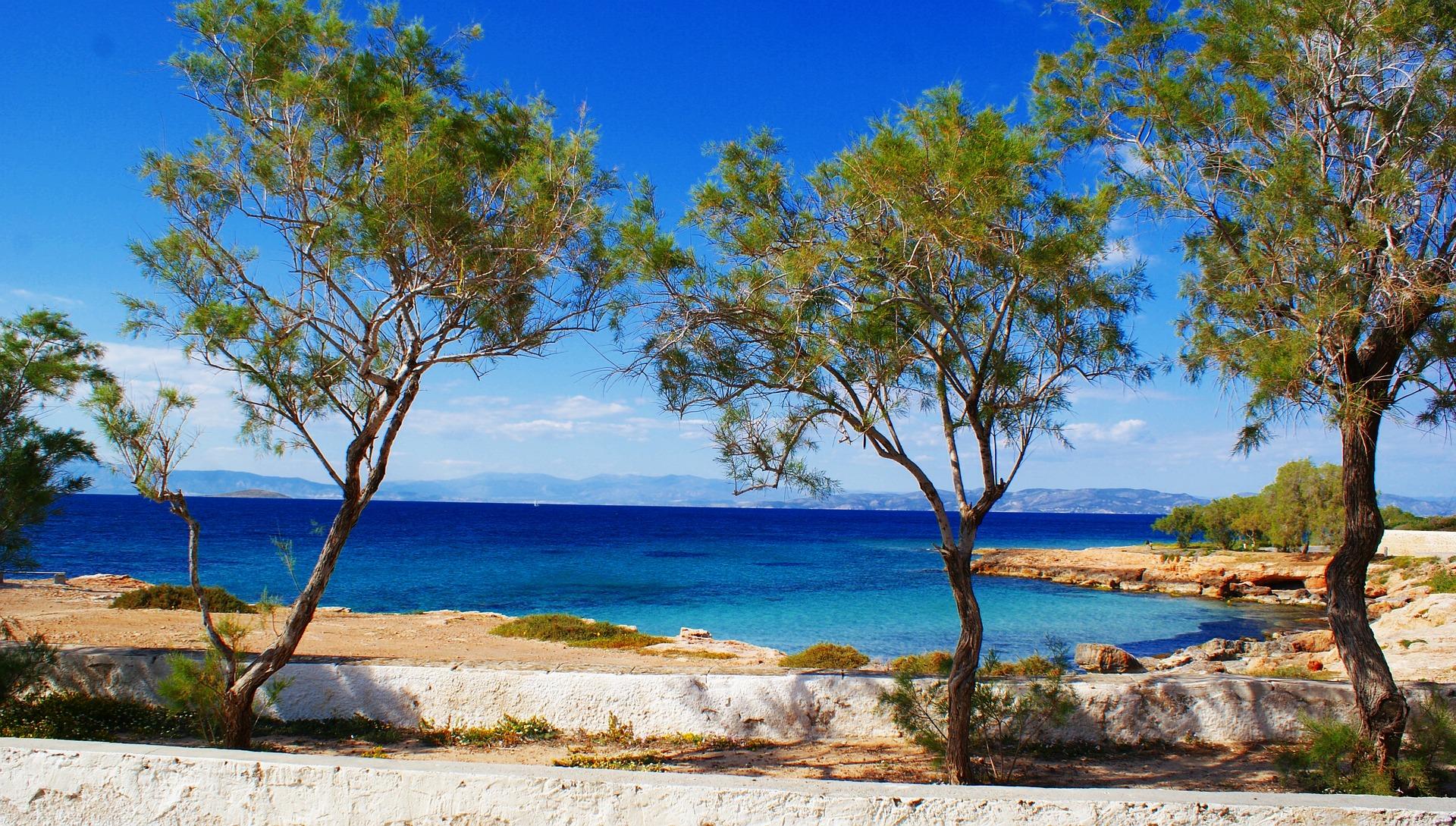 Isole Saroniche come arrivare, spiagge e cosa vedere