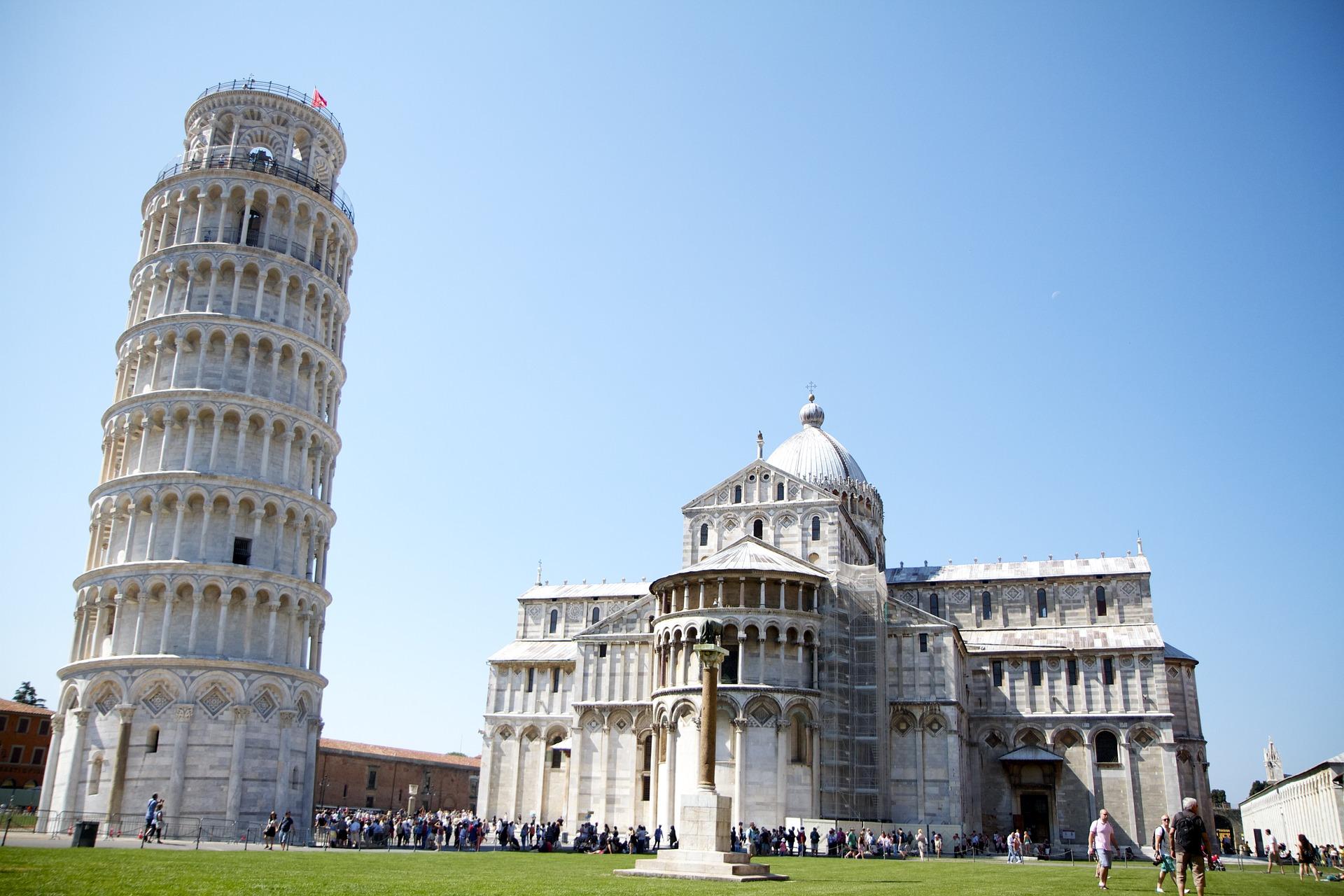 Torri pendenti in Italia