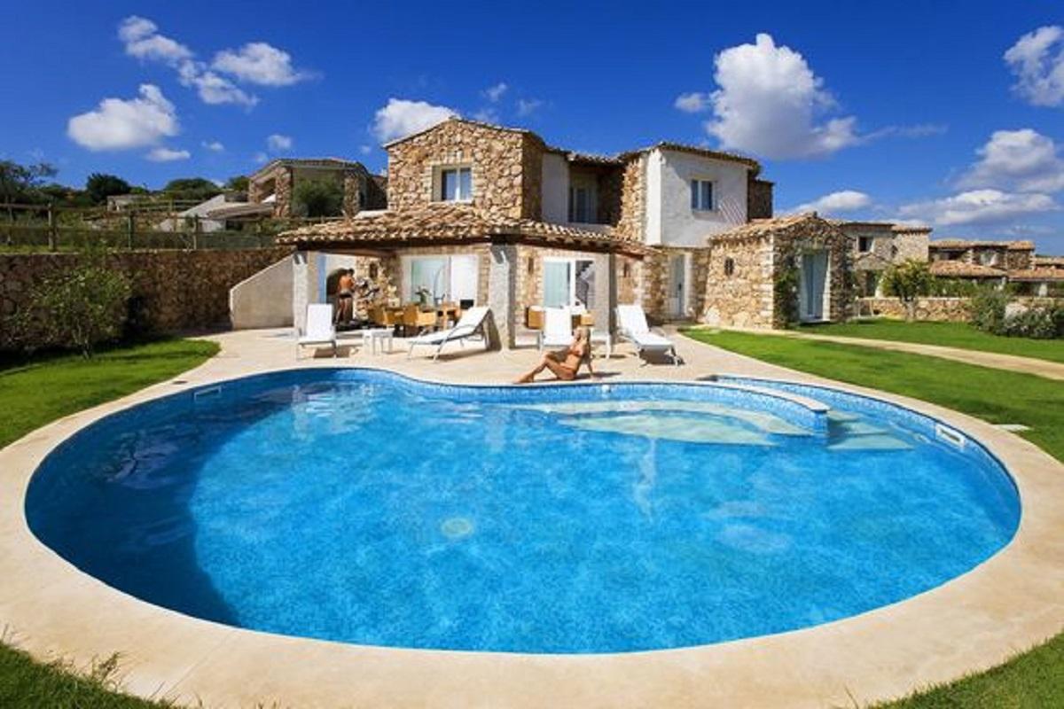 Affitto villa con piscina sardegna
