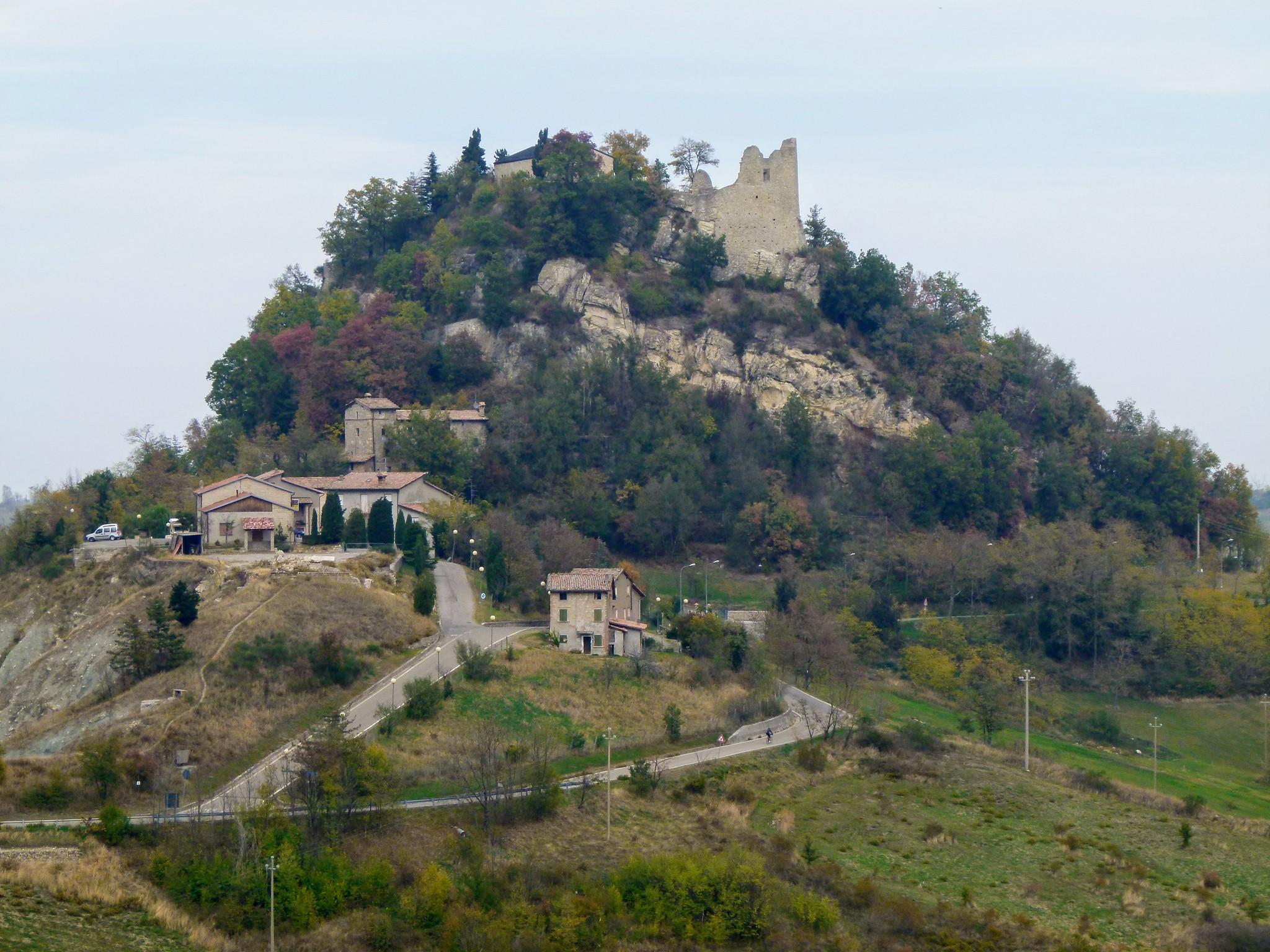 castello di canossa storia