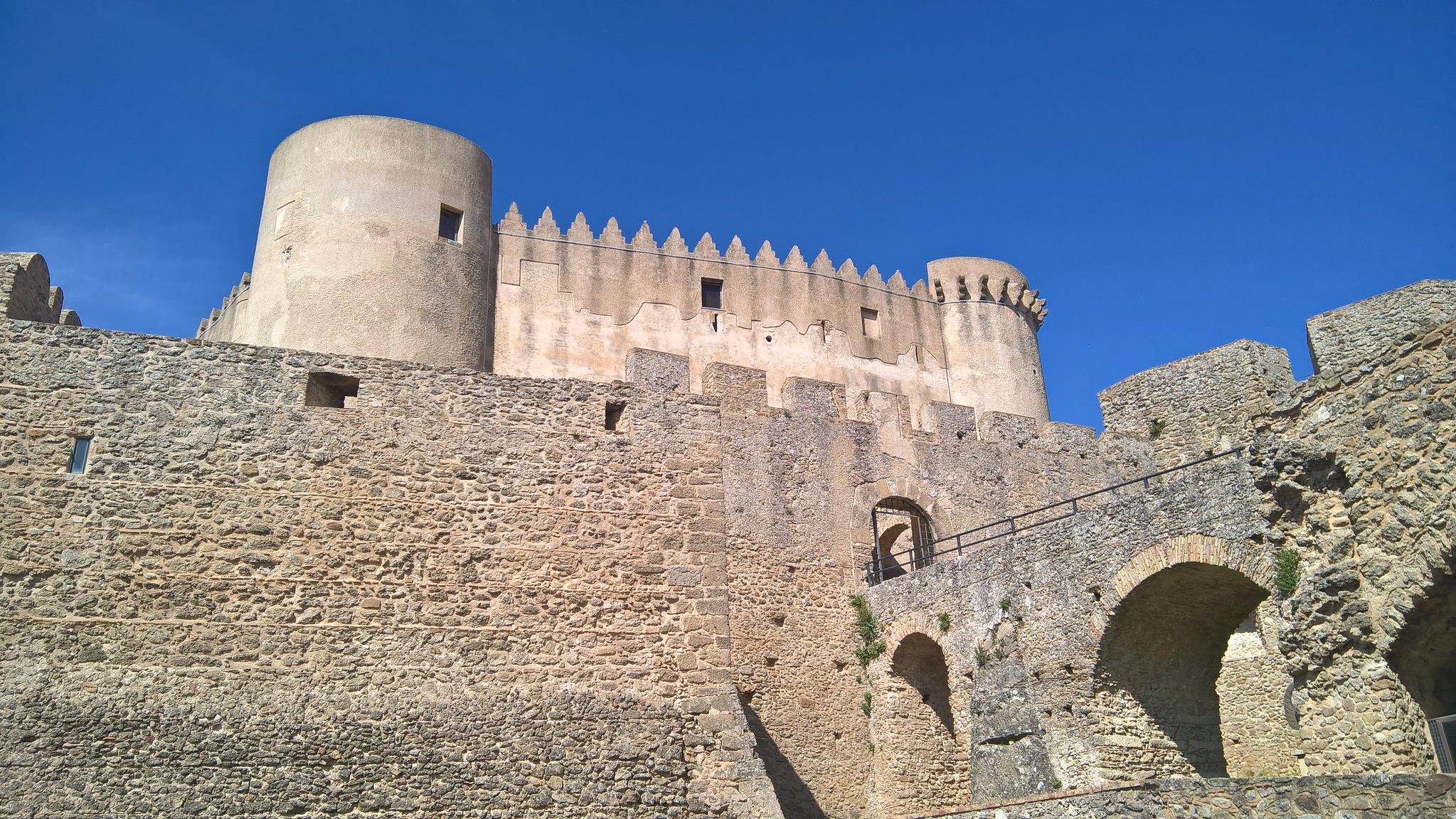 castello di santa severina a crotone