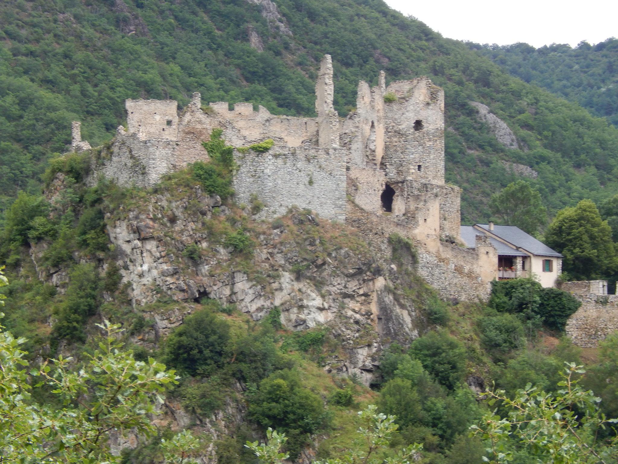 castello di usson francia