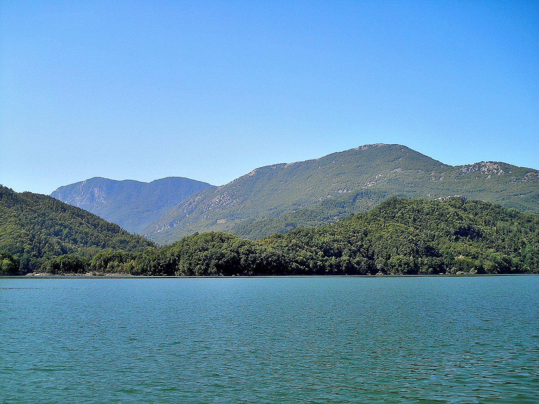 Lago di Turano dove si trova e cosa vedere