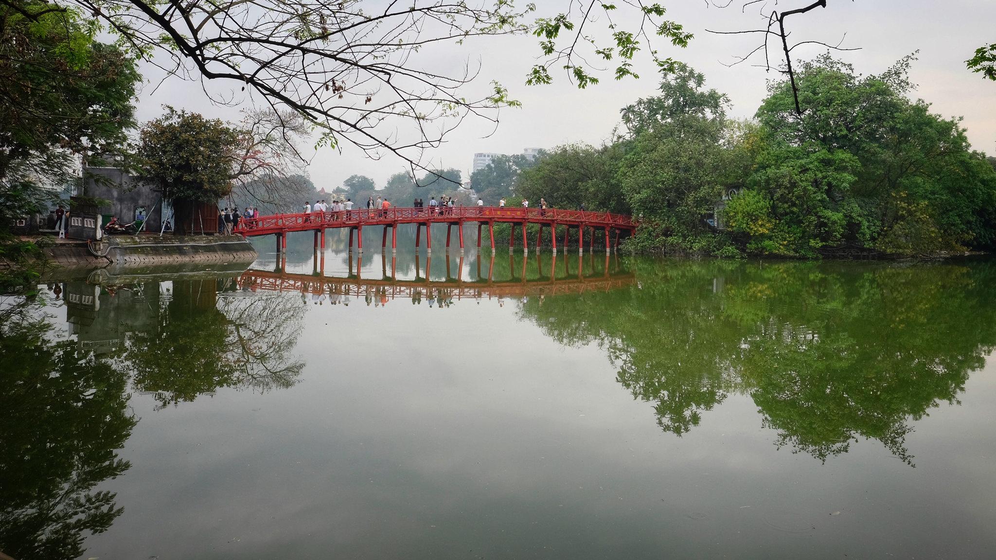 tempio della montagna di giada hanoi