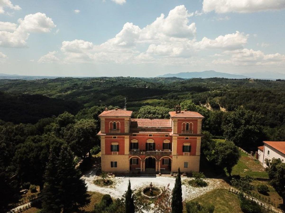 Villa Lena, Toscana: agriturismo e residenza d'artista