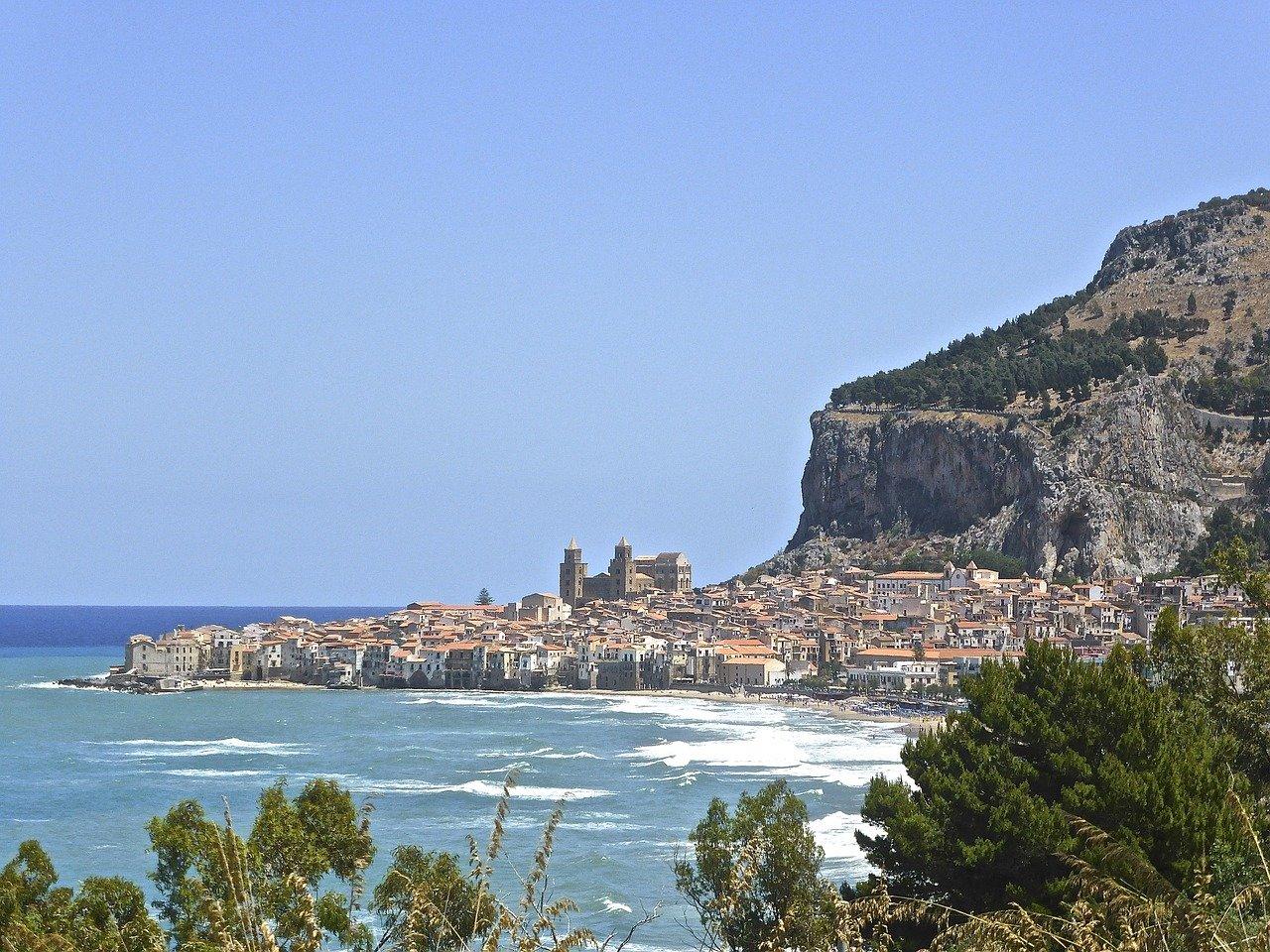 borghi sicilia sul mare