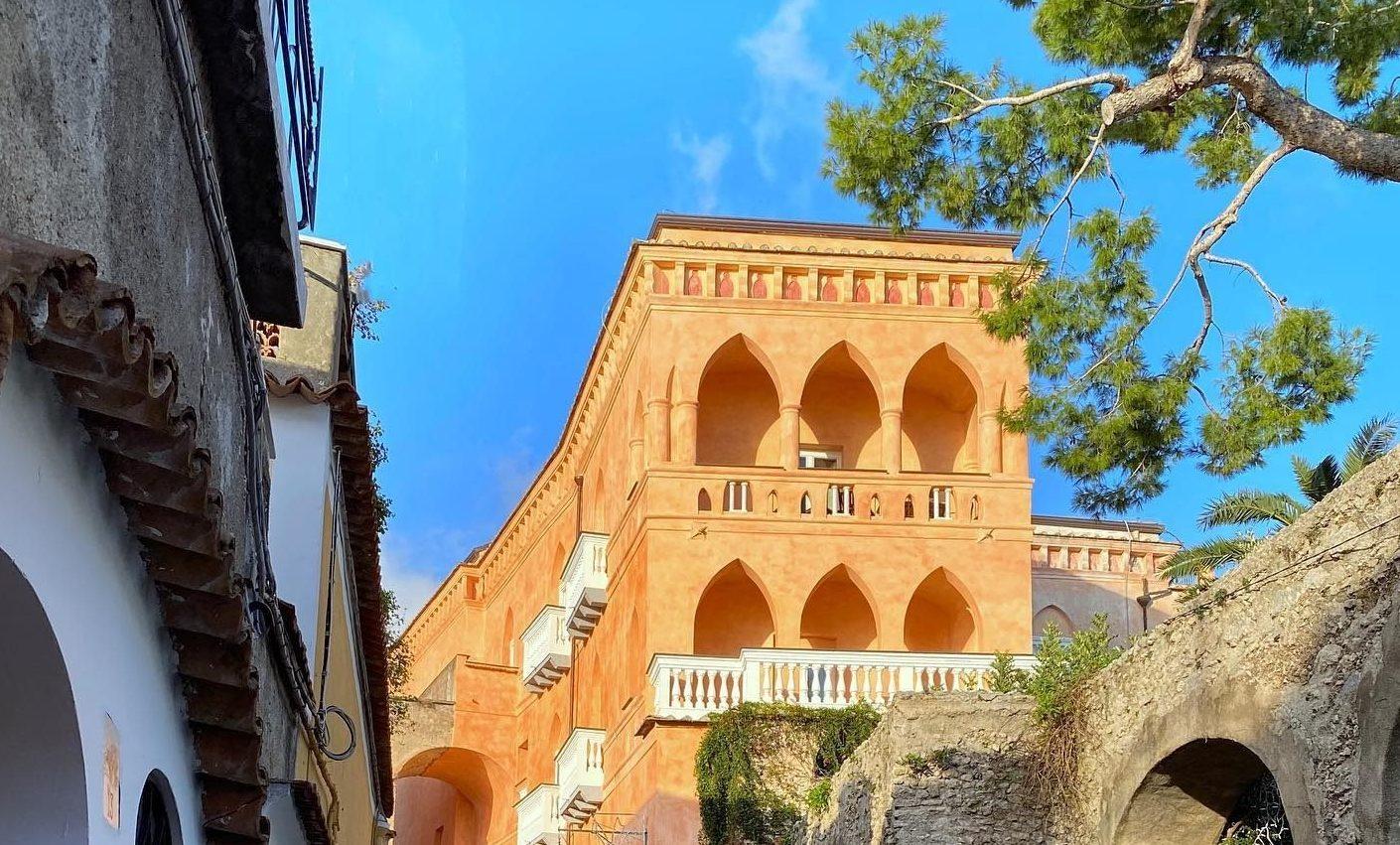 Palazzo Avino di Revello,