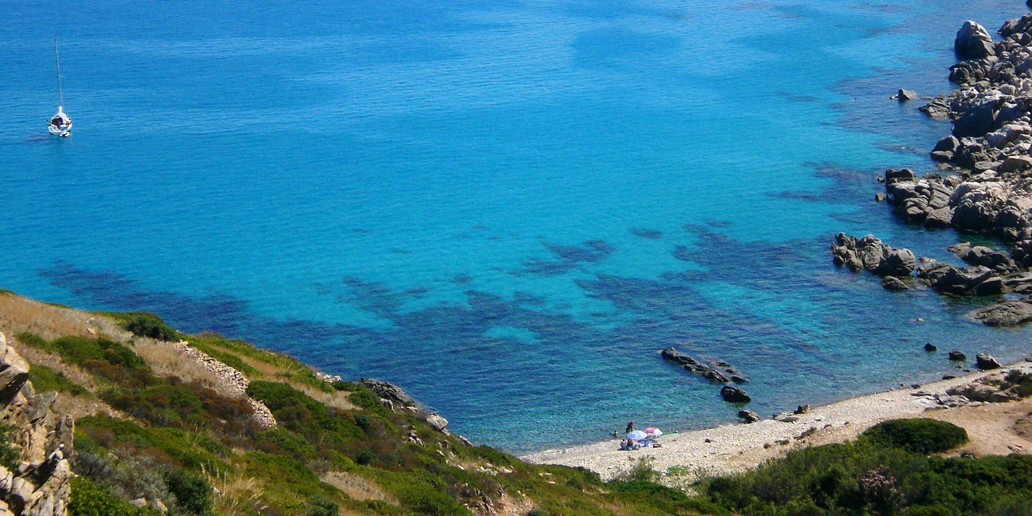 spiaggia di punta molentis sardegna