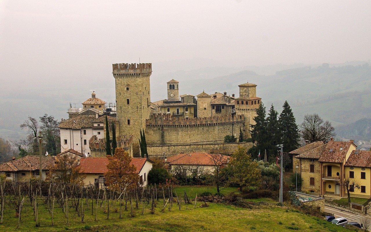 storia del castello di vigoleno