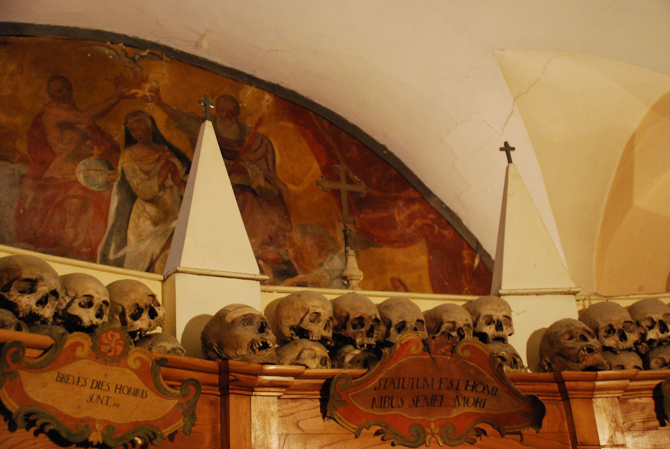 urbania chiesa dei morti