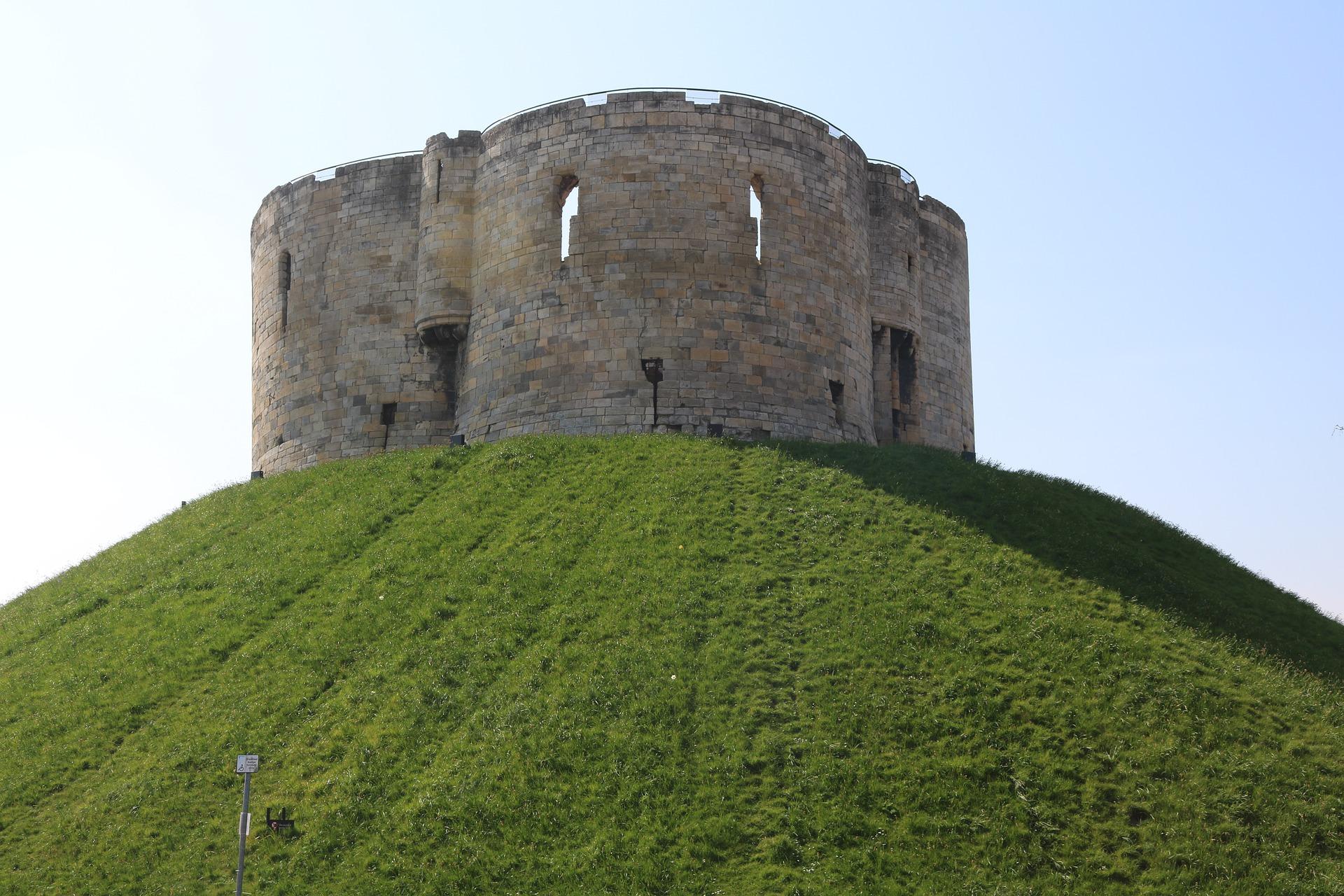 castelli normanni in inghilterra
