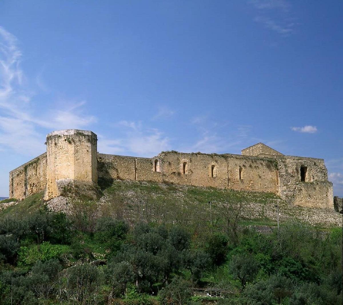 castelli normanni in italia meridionale
