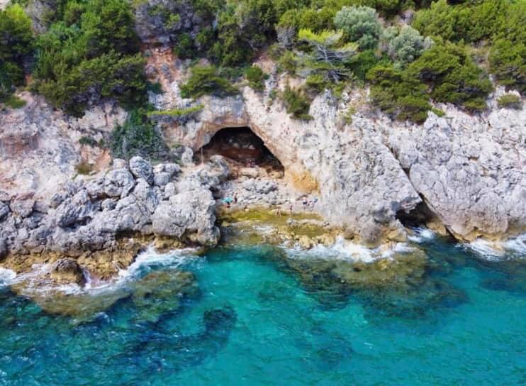 grotta delle capre