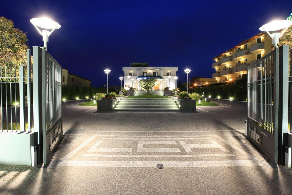 Hotel La Costiera