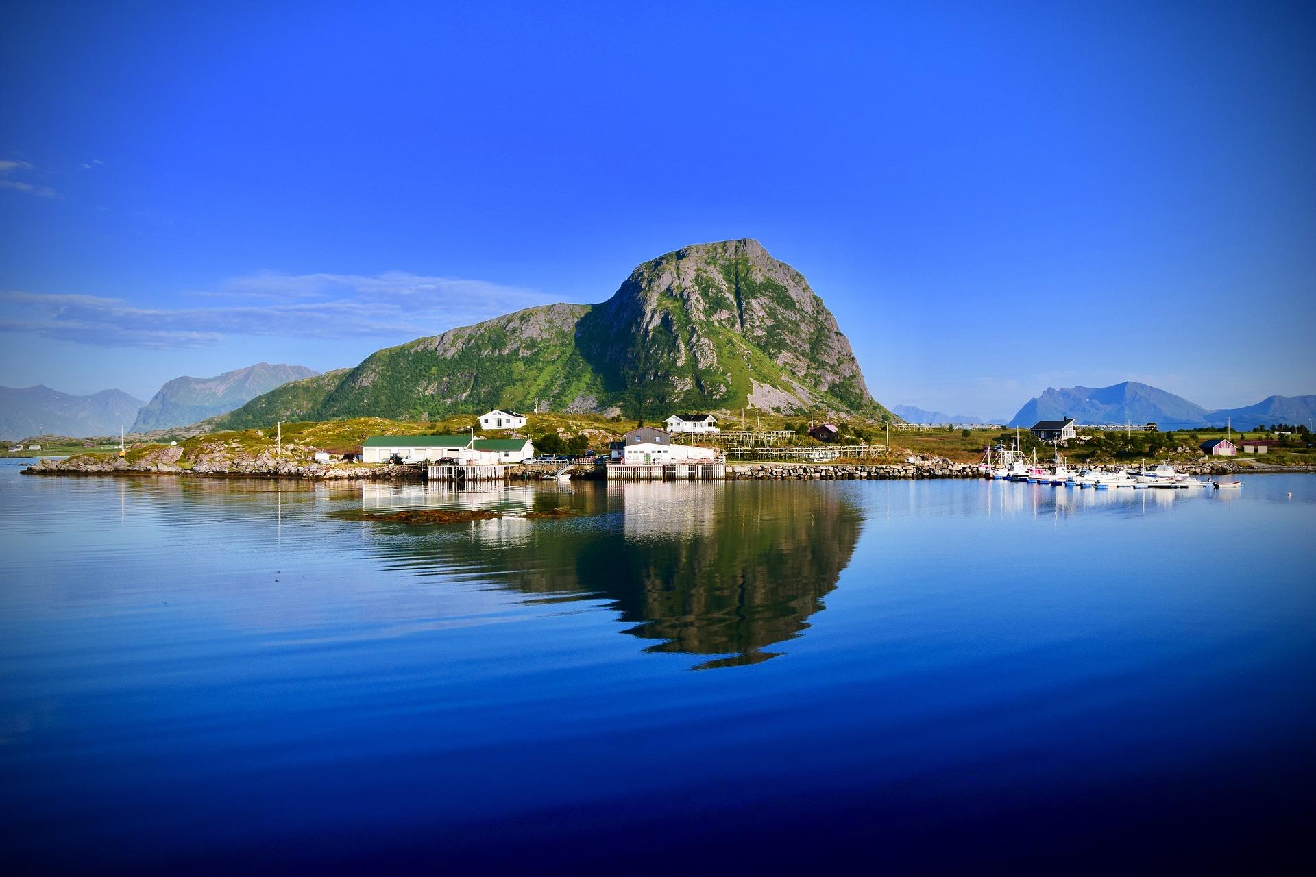 isole lofoten in barca a vela