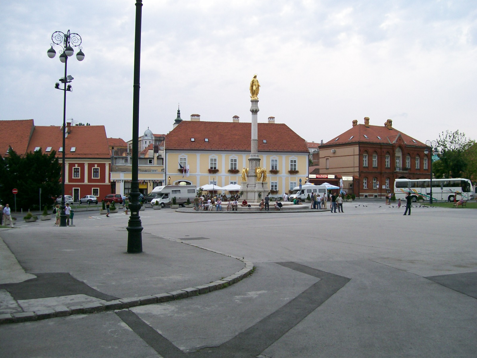 piazza kaptol zagabria