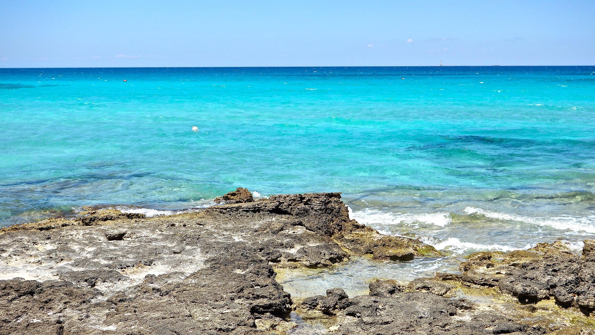 spiaggia punta della suina puglia