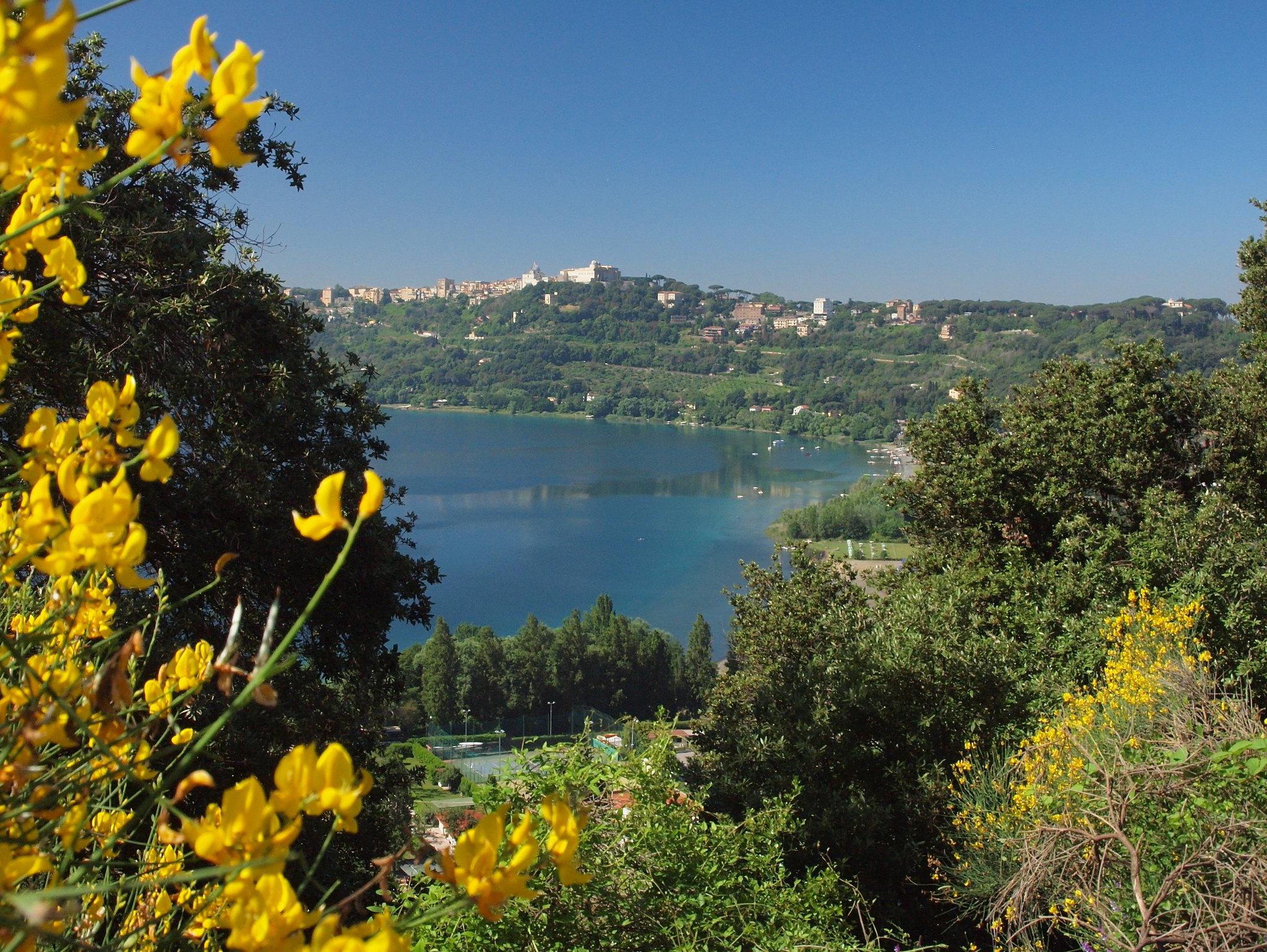 castel gandolfo lago di albano