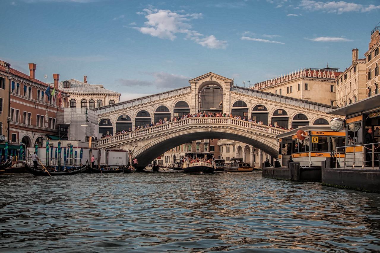 ponte di rialto venezia storia