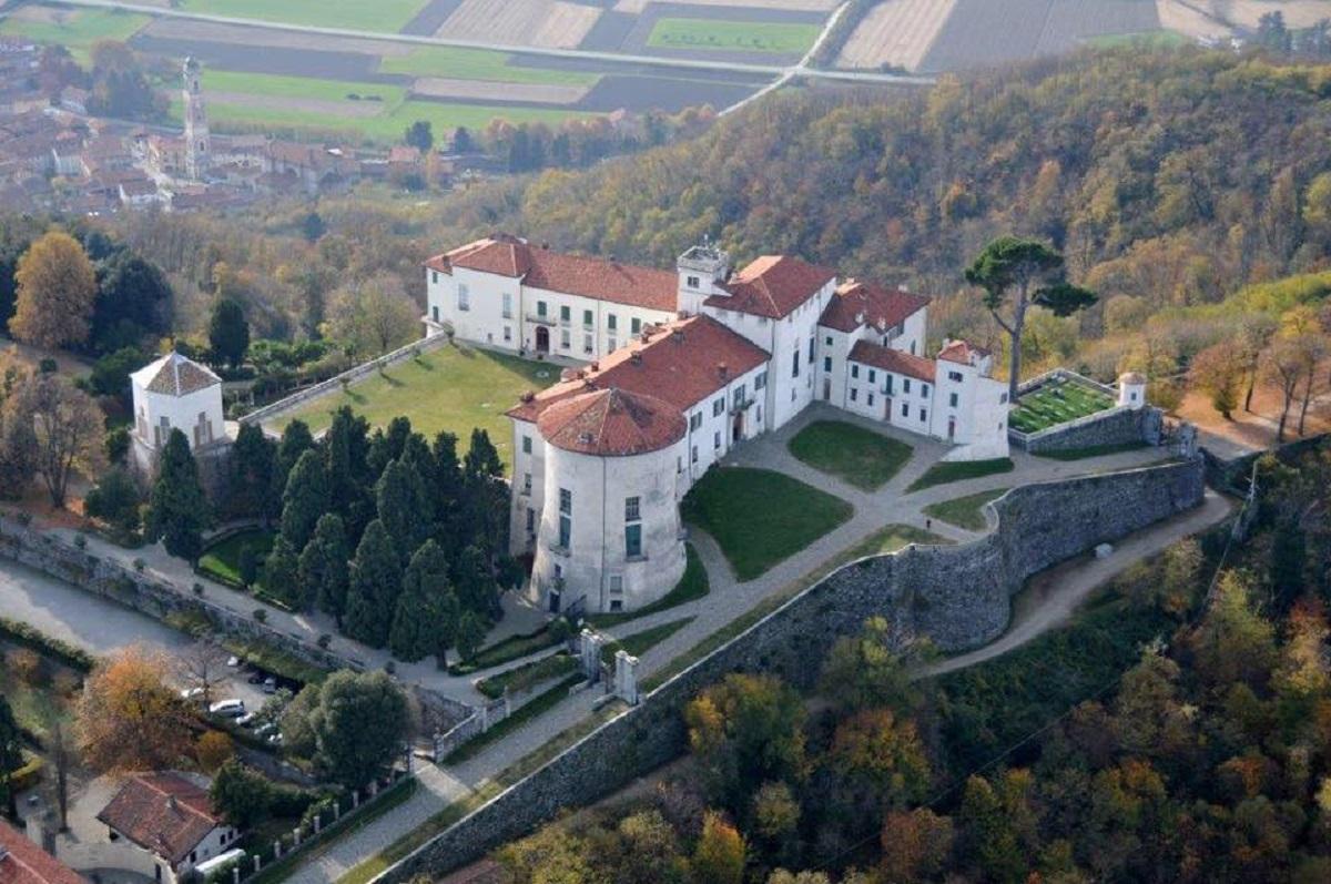 storia del castello di masino