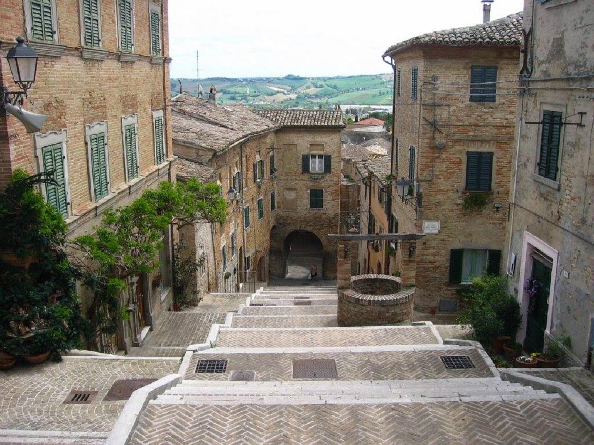 borghi romantici centro italia
