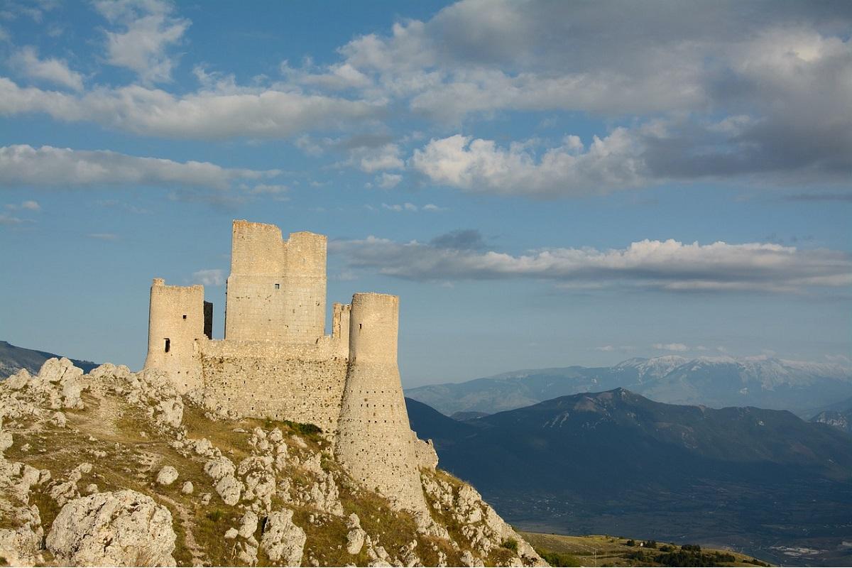 castelli abruzzo da visitare