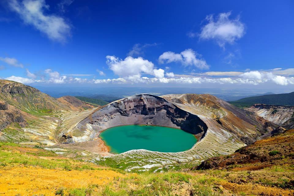 Cratere Okama