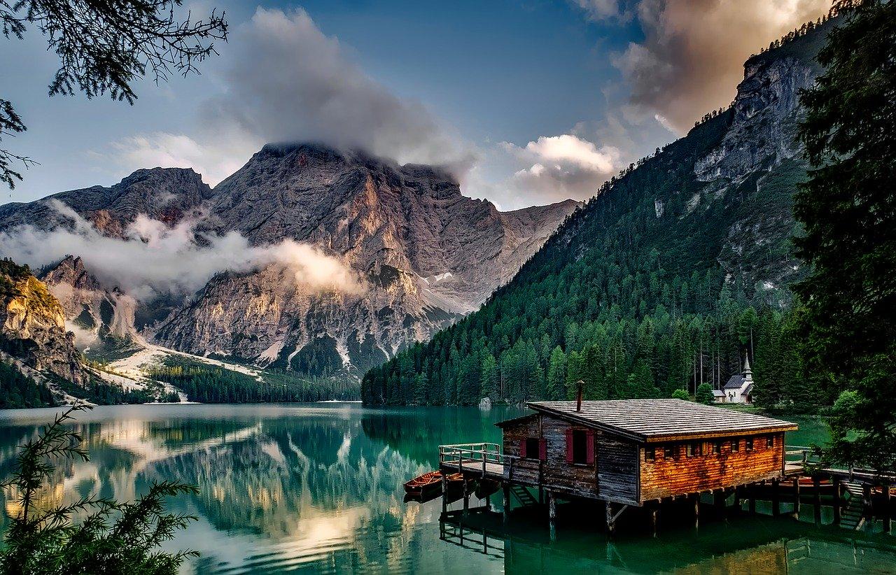 lago di braies cosa fare in inverno