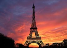 Perché è illegale fotografare la Tour Eiffel di notte