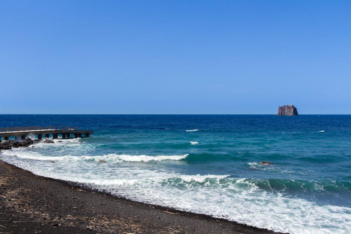 stromboli spiaggia