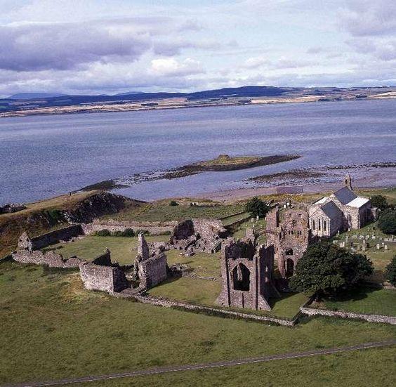 abbazia di lindisfarne