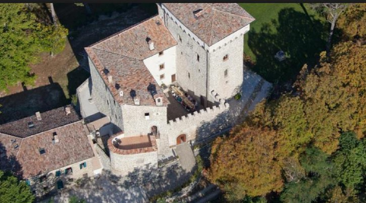 castello di magrano gubbio