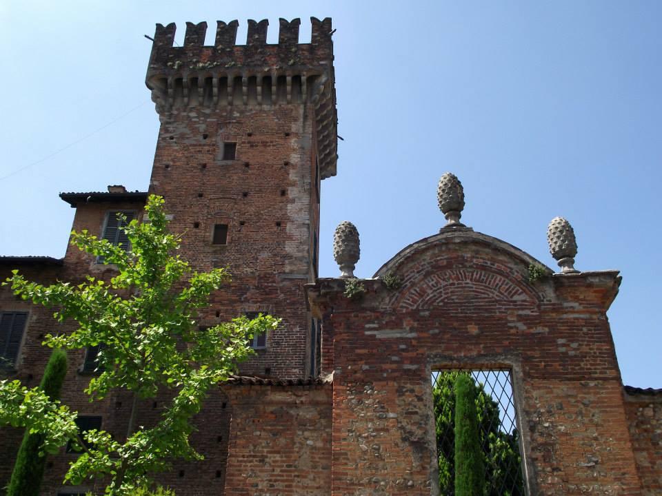 Castello Visconteo Di Cislago