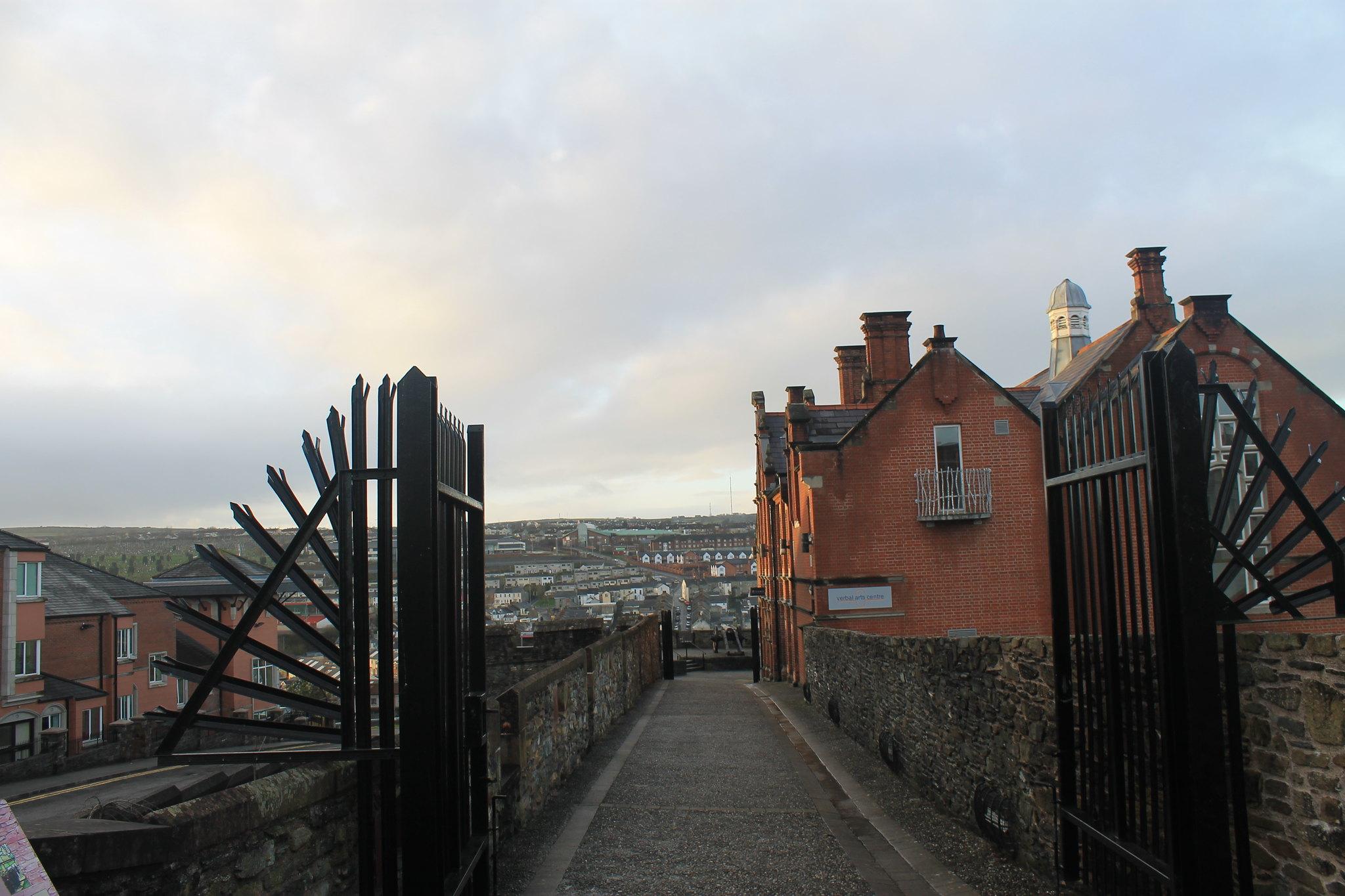 città murata derry irlanda