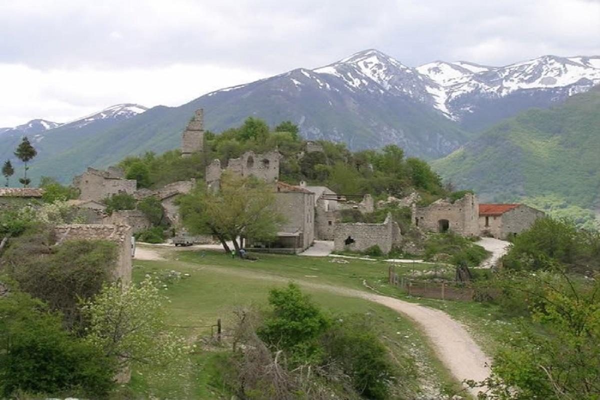 Frattura Vecchia di Scanno in Abruzzo