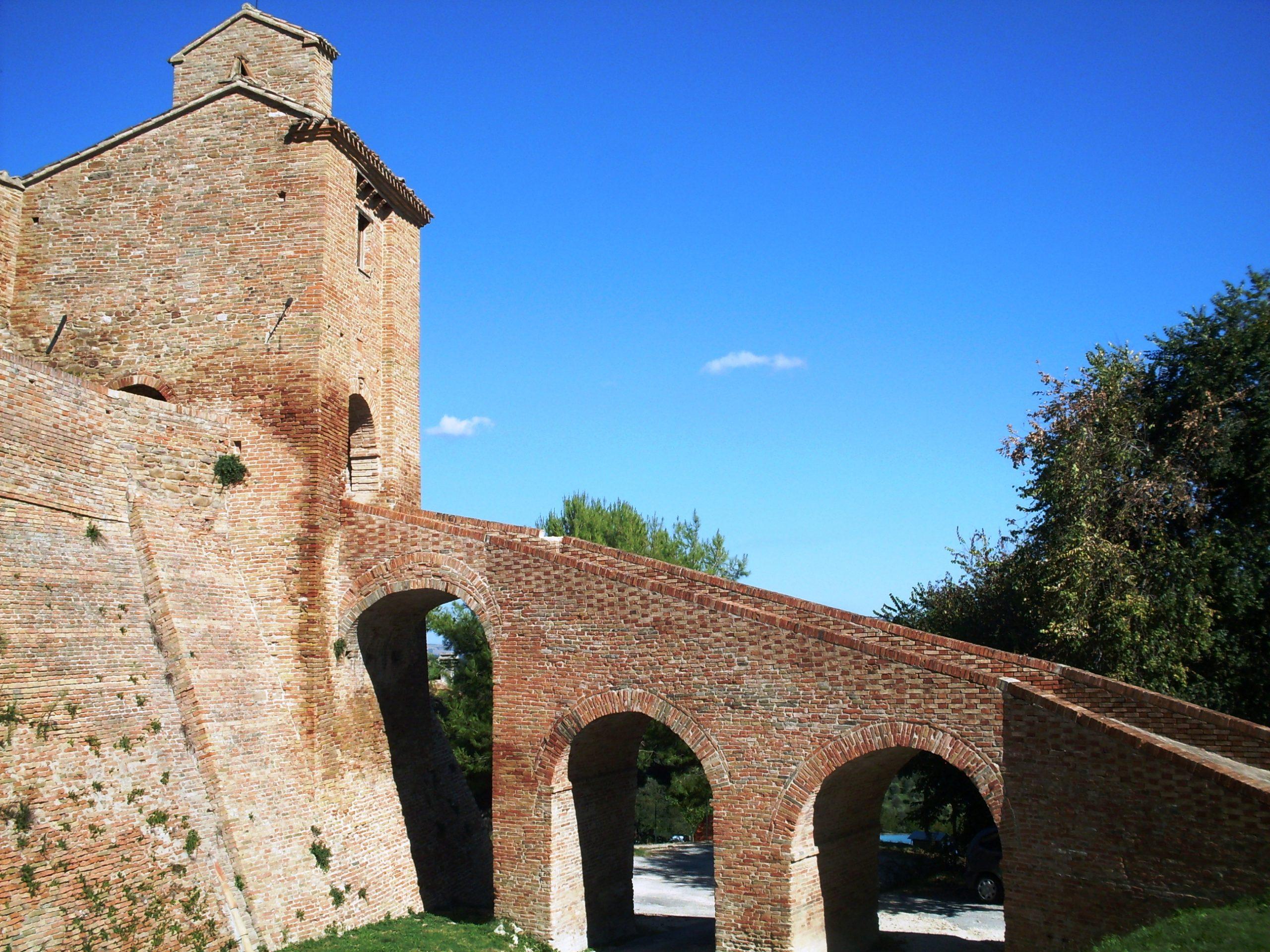 Castello di Loretello