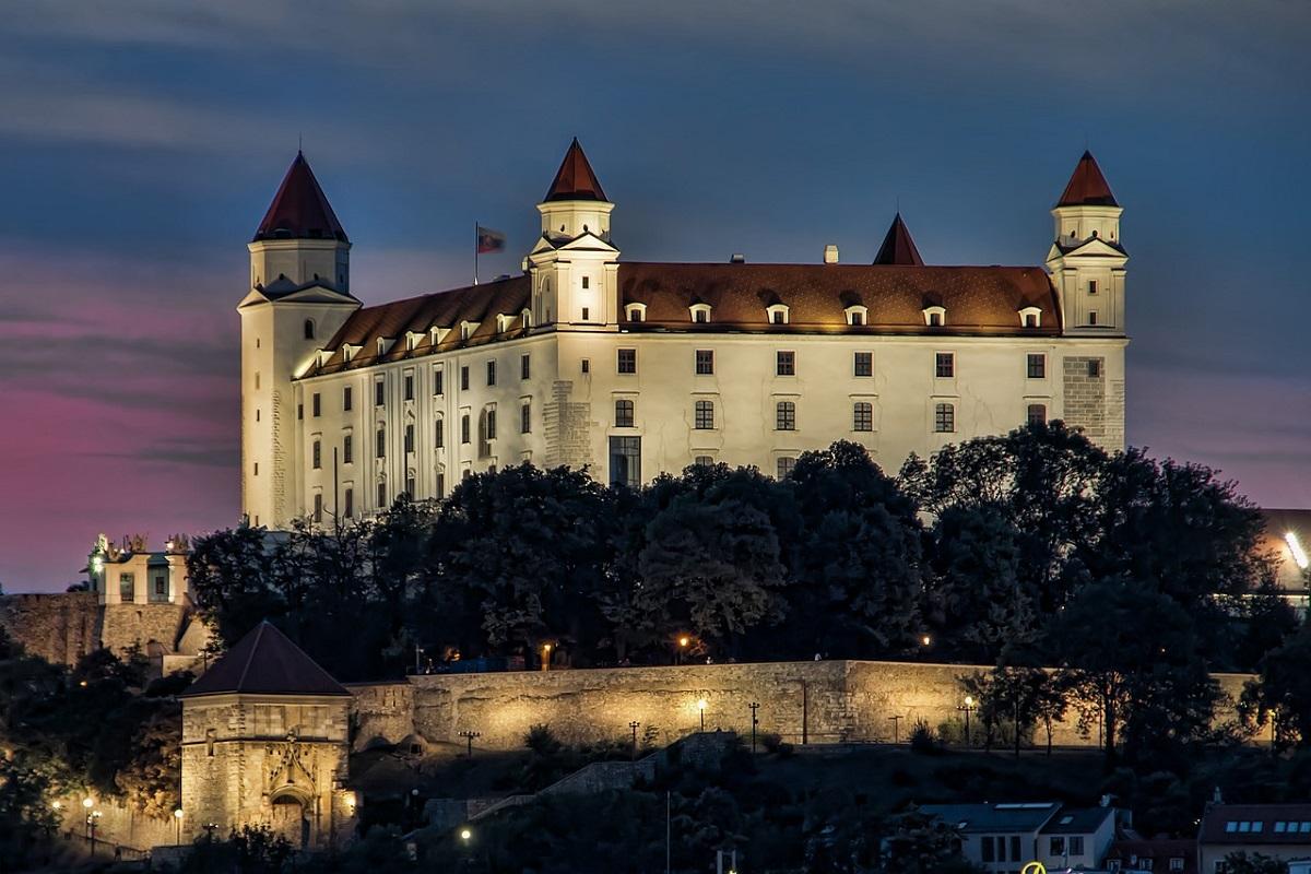 Origini castello di Bratislava