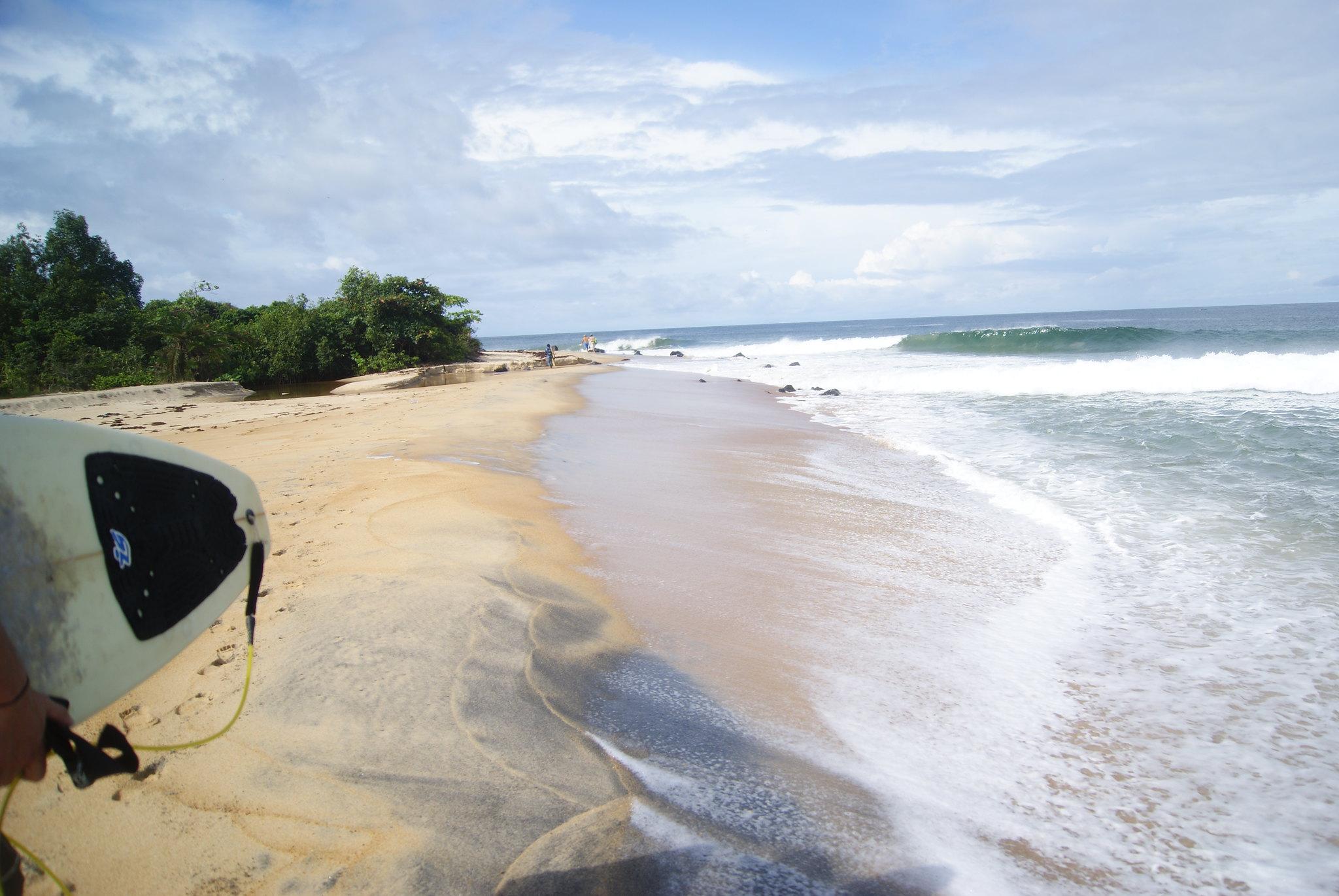 robertsport liberia surf
