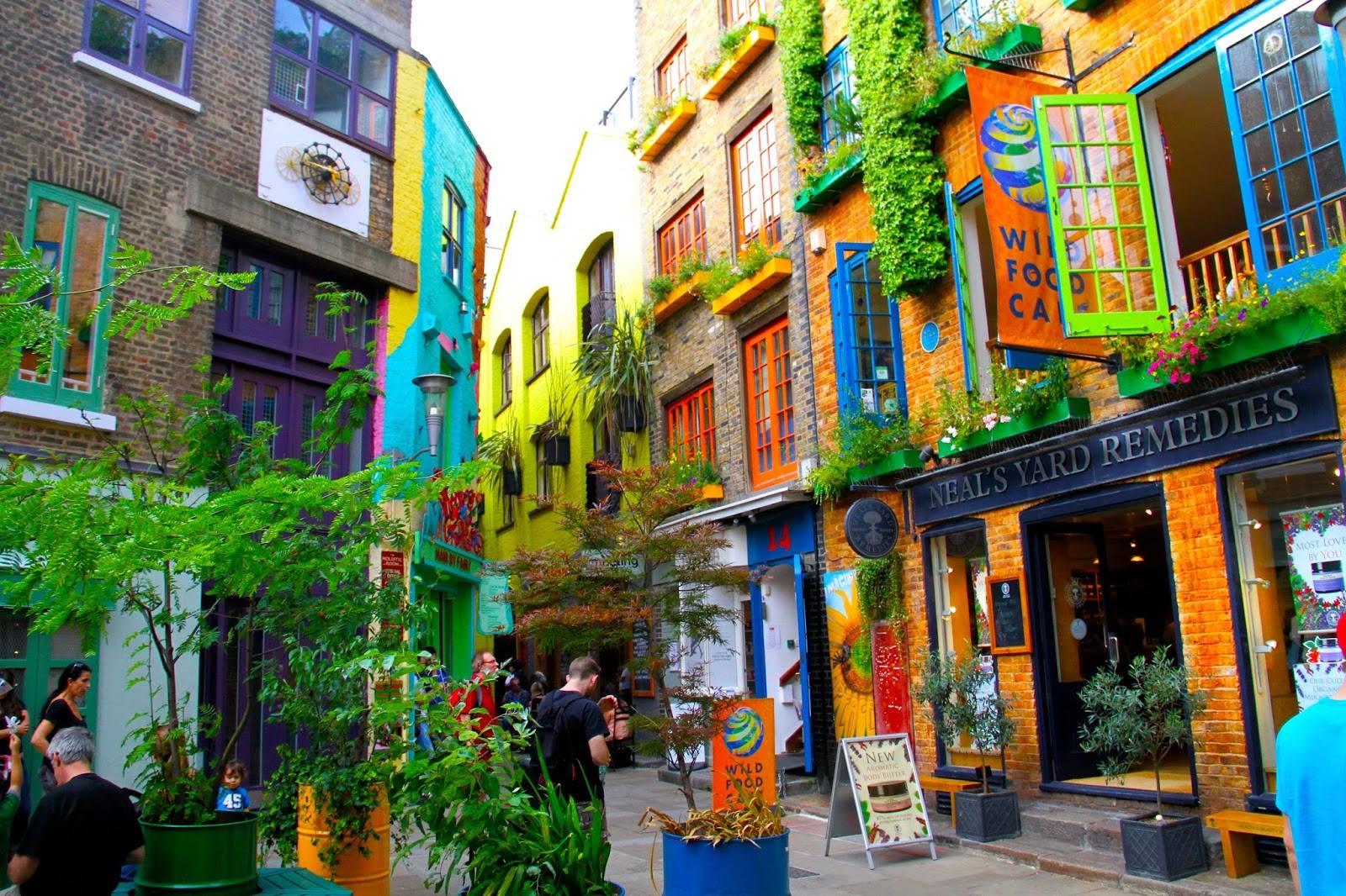 strade colorate londra