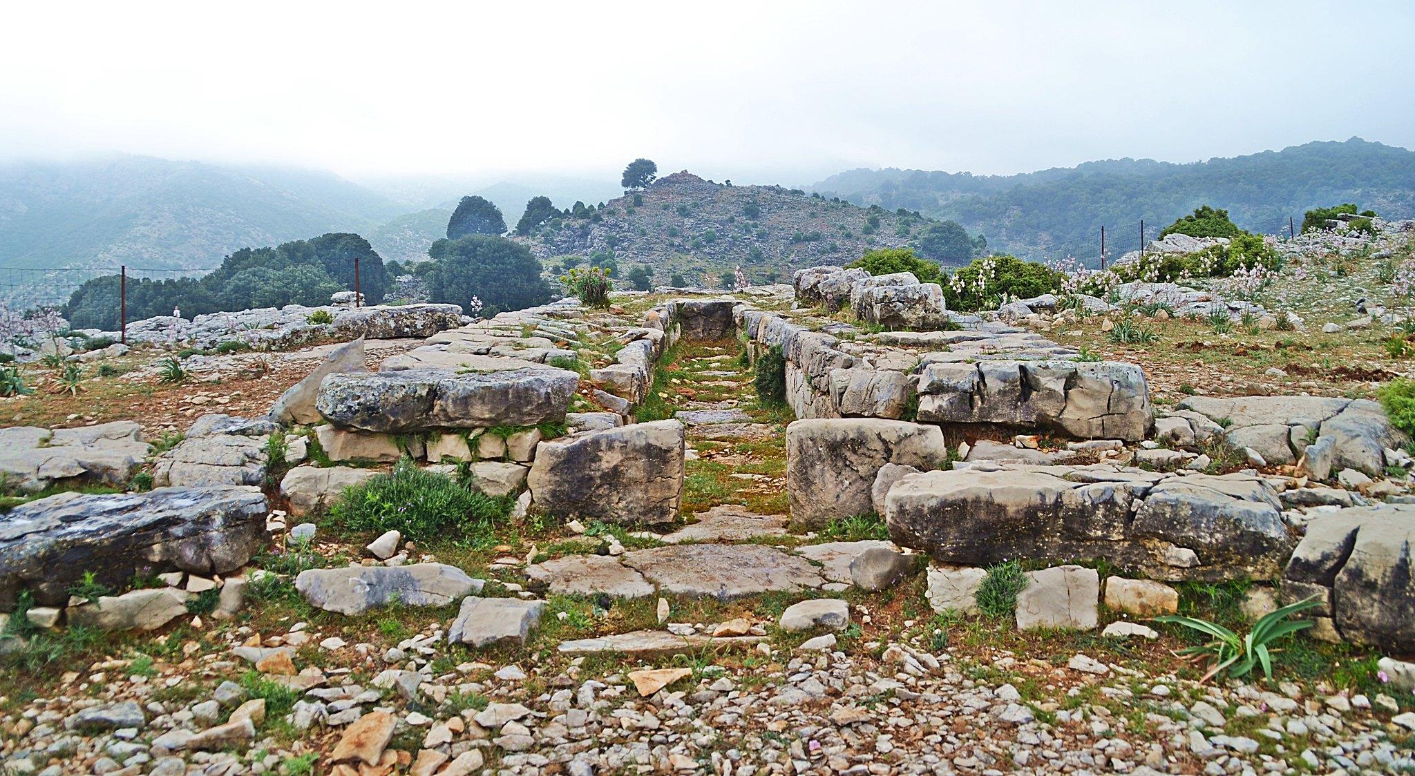 Tombe dei giganti Sardegna