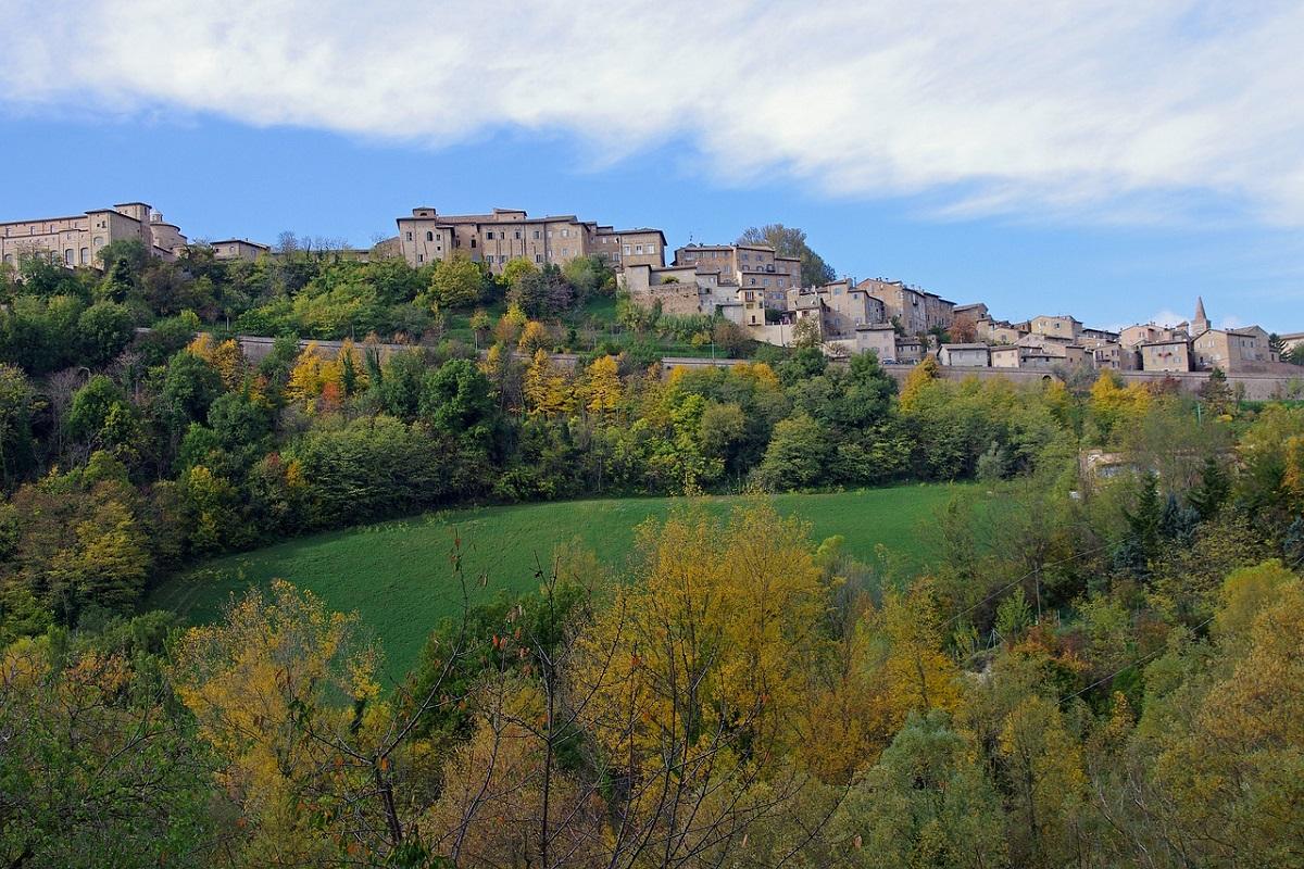 Urbino cosa vedere nei dintorni