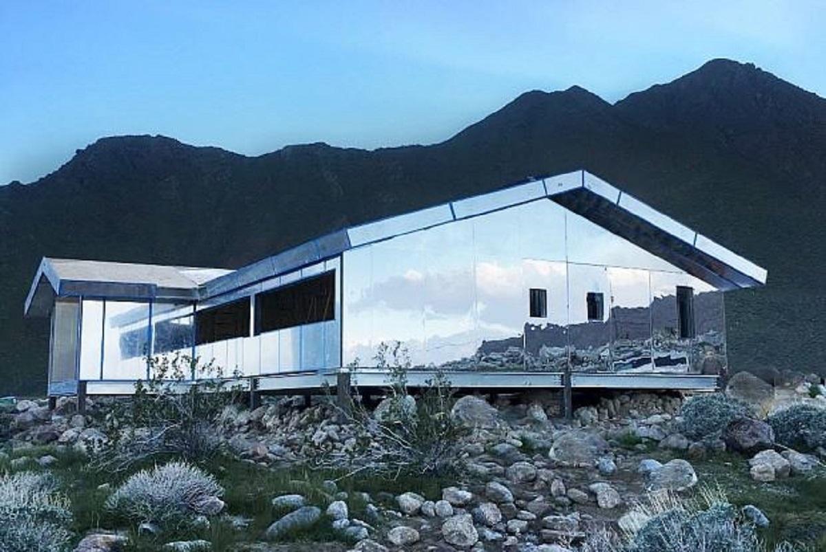 case mimetizzate nella natura