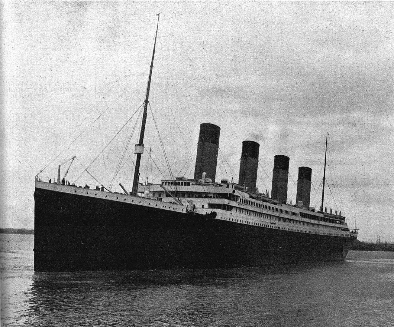 visitare il relitto del titanic 4