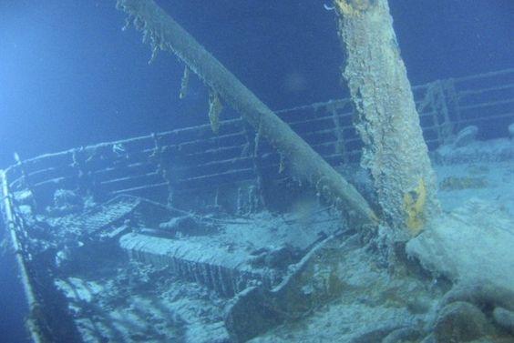 visitare il relitto del titanic 5