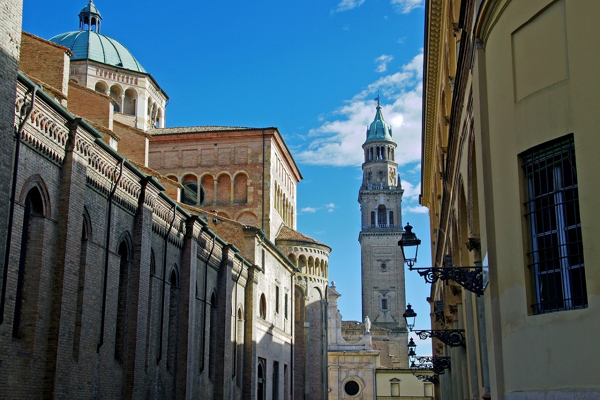 Piazza Duomo Parma tour virtuale