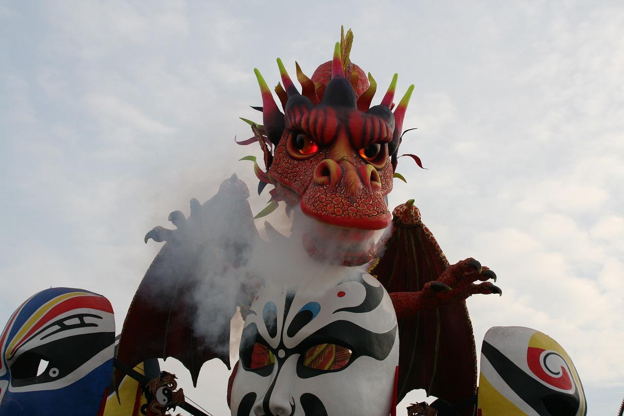 Carnevale Viareggio 2021 rimandato