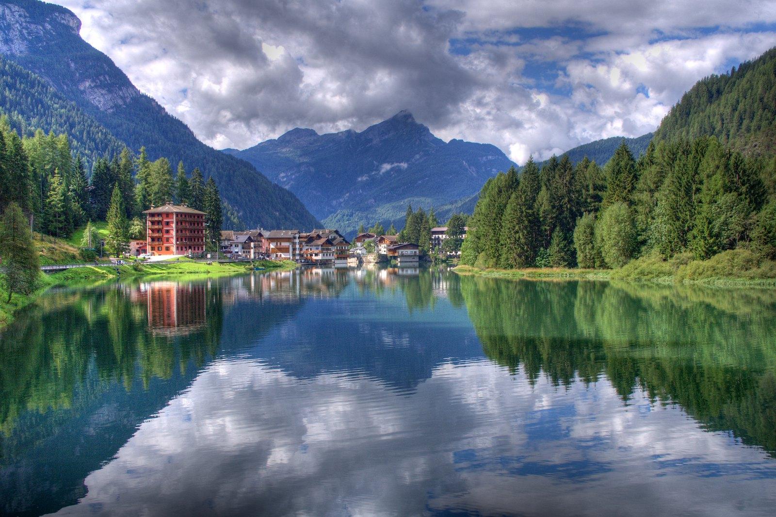 Lago di Alleghe origine