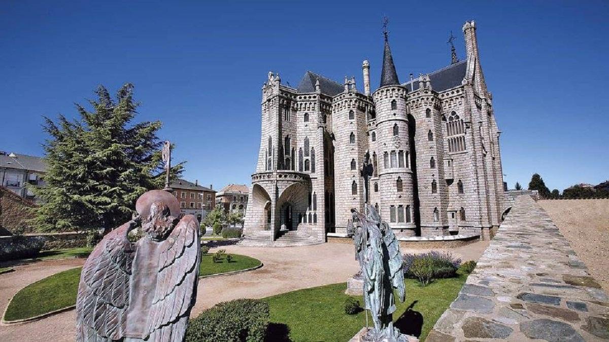 palacio episcopal de astorga gaudi