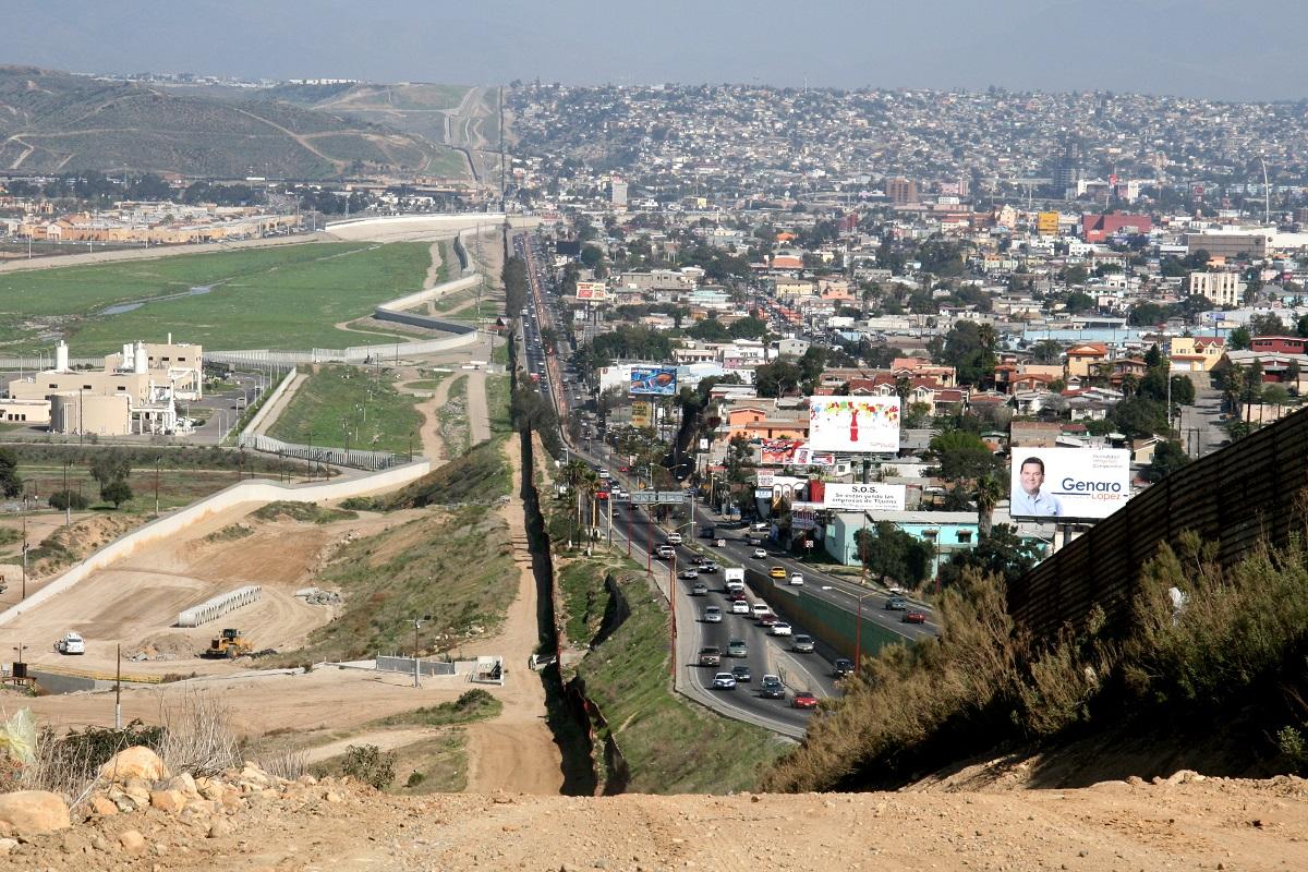 Storia del muro tra Messico e Stati Uniti